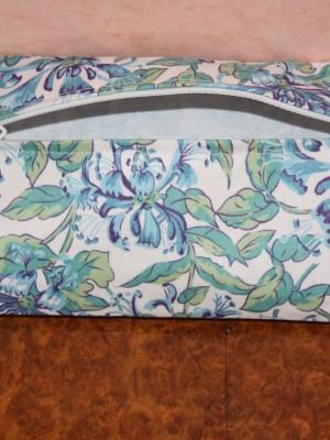 Trousse fleurie bleue